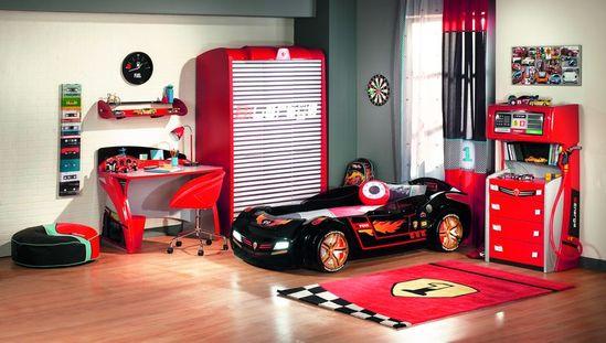 Komplett szobák autósággyal